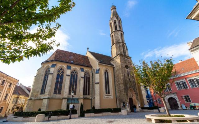 Diakónusszentelés és a bencés templom búcsúja augusztus 15-én